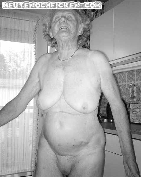 Uromasex – richtig alte Fotzen ficken
